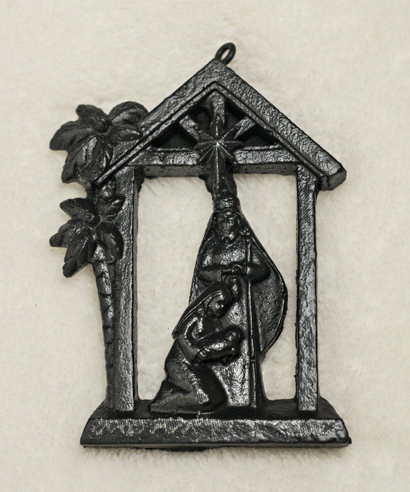 03036N Stable Nativity, coal ornament